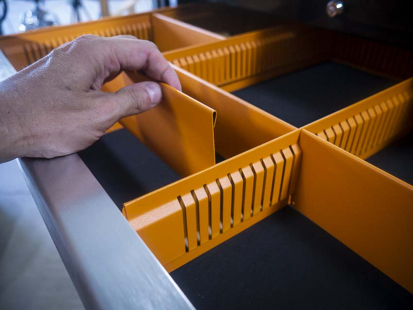 Gearwrench Mobile Cart partitions