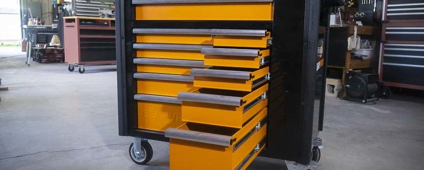 Gearwrench Service Cart drawers