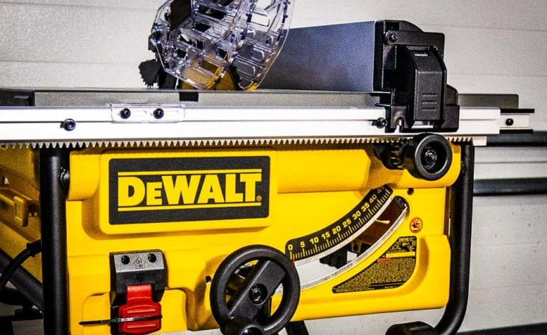 DeWalt DW745 Table Saw FI
